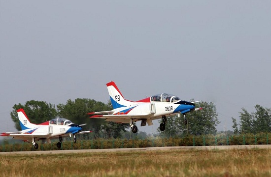 首批清华班飞行学员编入部队