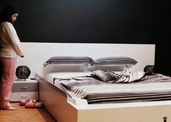 懒人好帮手!新型智能床50秒内整理好床铺