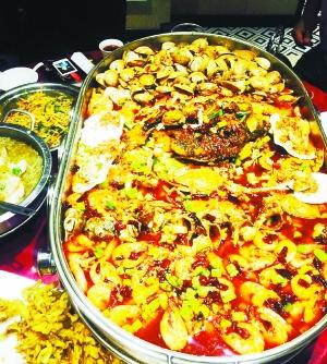 金掌勺海鲜菜品陷食品安全风波 一家五口疑似被放倒