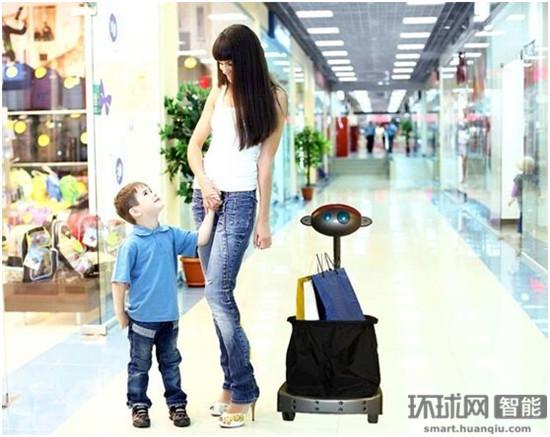 沃尔玛准备用机器人代替购物车 陪伴顾客购物