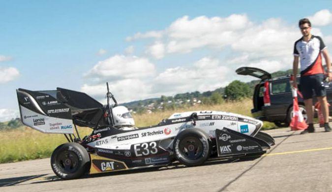 这辆学生设计的电动车刷新了百公里加速世界纪录