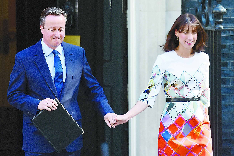 英国选择脱欧仍难解脱 卡梅伦宣布十月将辞职