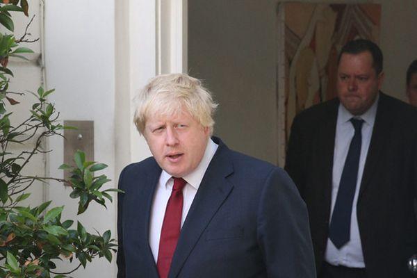 英国公投脱欧成功 伦敦前市长鲍里斯参加庆祝集会