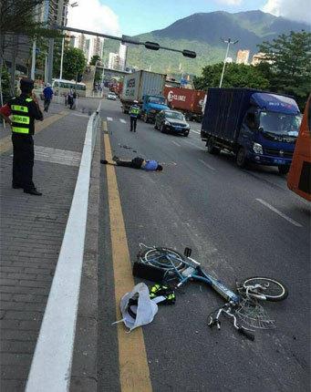 深圳发生惨烈车祸 交通辅警被撞身亡