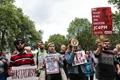 """英国:部分民众抗议""""脱欧""""公投结果"""