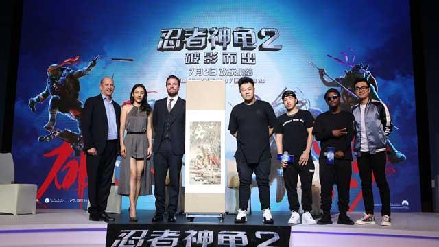 《忍者神龟2》引爆暑期档 糖哥收获神秘中国大礼