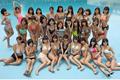 日本29名当红模特参加摄影会 身着性感泳装出境