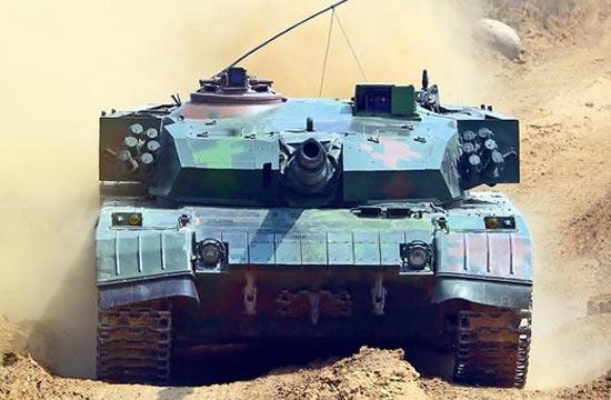 96A坦克标准正面照霸气外露