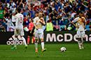 西班牙受困白衣魔咒 六次身披白袍出战全都输球