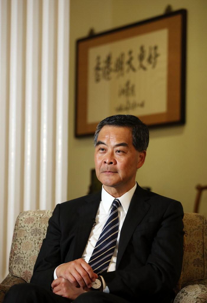 梁振英称最快9月拍板是否竞逐连任 或亲自上京商讨两地通报机制