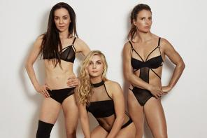 英国三女运动员拍摄性感健美照鼓励女孩健身
