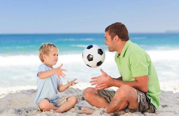 研究称与父母关系影响孩子健康 关系好则身体健康