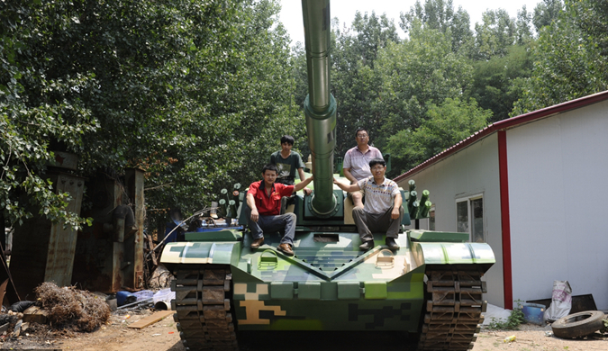"""盘点hold不住的""""中国式发明"""":山东村民造坦克"""