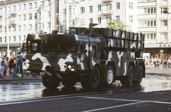 白俄罗斯公开展示中国制火箭炮