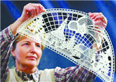 德国600年传统手工艺奢侈品:普劳恩花边刺绣