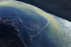 美摄影师航拍冰岛美轮美奂风景