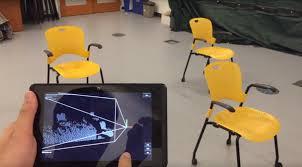 """美国麻省理工学院为视障者研制""""虚拟导盲犬"""""""