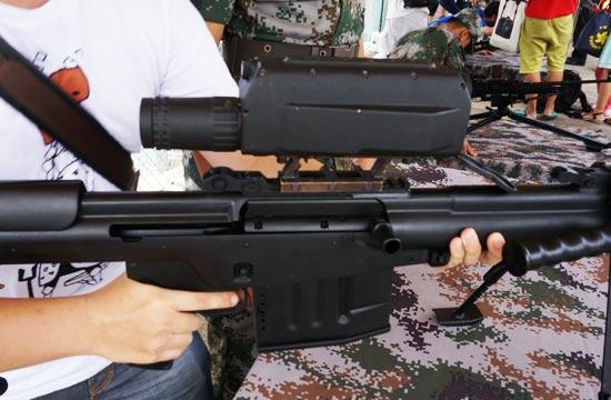 细看国产10式大口径狙击步枪