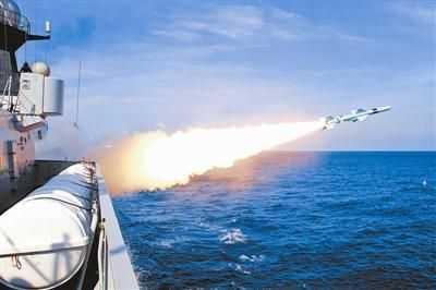 中国海军今起南海军演 军事评论员:这是非常强硬的回应