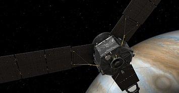 历时近5年跋涉27亿公里 NASA太空探测器成功进入木星轨道