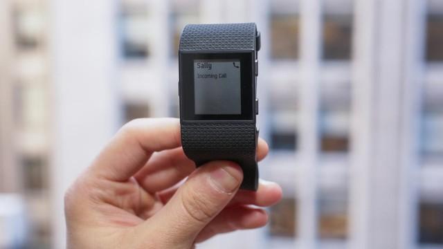 Fitbit Surge 奢华健身超级手表图赏