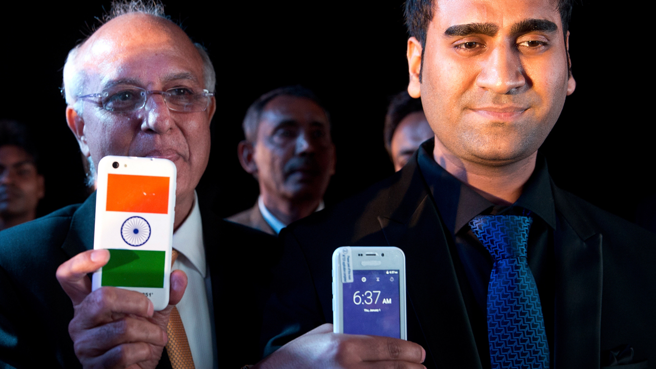"""""""全球最便宜""""的印度25元智能手机被指是场骗局"""
