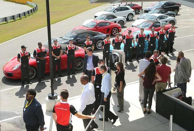 保时捷北美CEO:电动汽车肯定会变成主流