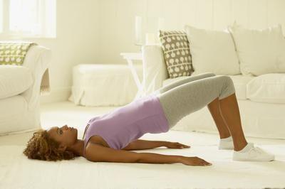 5个快速小运动 助您在家练出完美翘臀