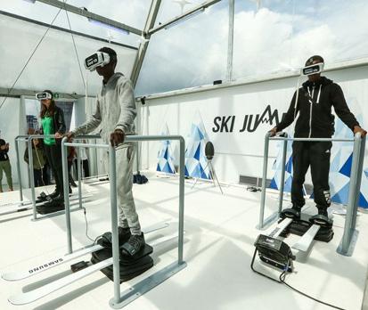 戴上VR头盔滑雪 感受身临其境的雪上激情
