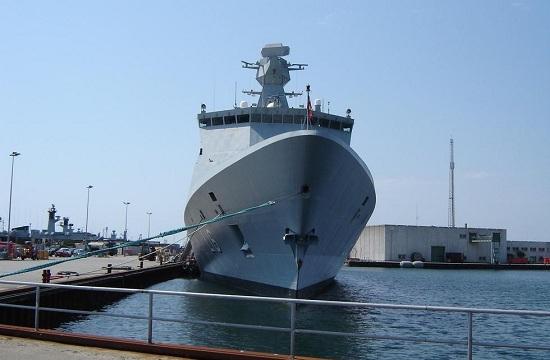 丹麦6600吨战舰可一天变医院船