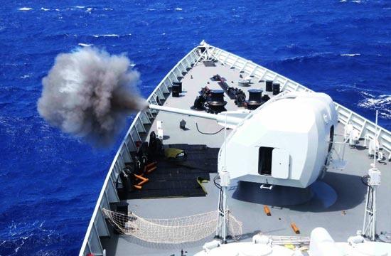 中国海军舰队在美国大秀技能