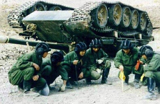 陆战之王坦克也有栽跟头的时候