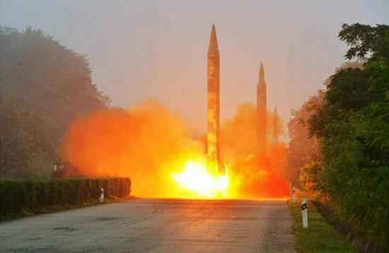 朝鲜连射3枚导弹画面曝光