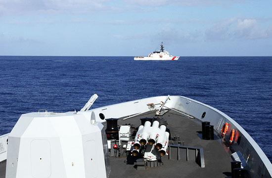 中美舰艇联合进行反海盗演练