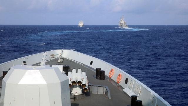 中国海军环太军演和美切磋技艺