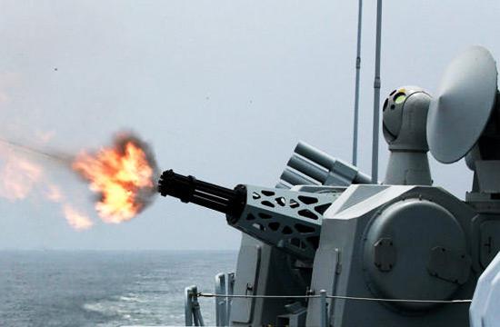 海军新型1130近防炮猛烈烤火