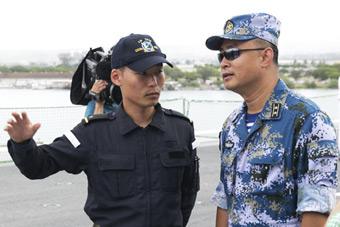 环太军演中国拒日水兵登舰参观