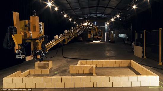 搬砖的请注意:机器人瓦匠来抢饭碗啦!