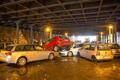 柏林暴雨汽车被冲走