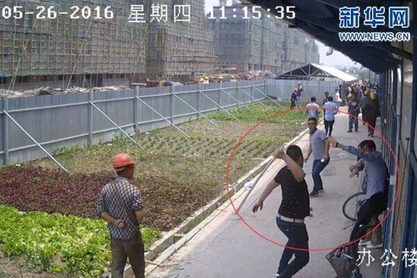 江苏政协委员遭群殴 头皮撕裂左眼眶骨折