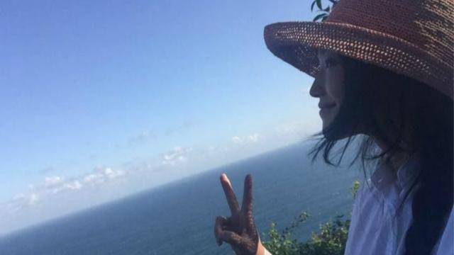 舒淇抵达巴厘岛比V卖萌 婚礼酒店环境曝光