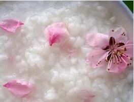 桃花最驻颜 4款桃花食谱吃出如花般美颜