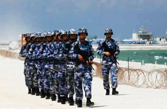 渚碧礁守岛部队巡逻新机场画面