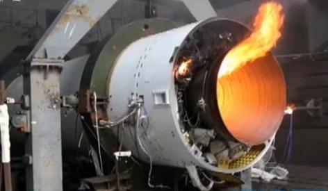 中国最大直径航天固体发动机点火实验成功