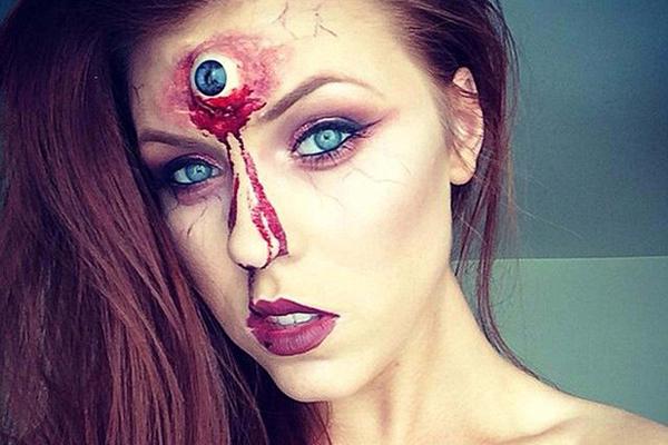 特立独行!爱尔兰女化妆师酷爱恐怖妆容