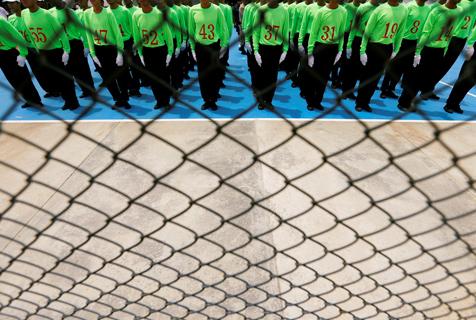 高墙之内:探访泰国重刑犯监狱