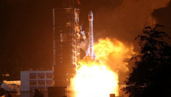 中国天通一号01星成功发射