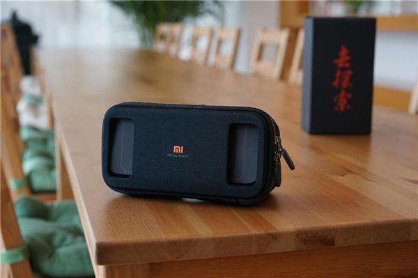 小米VR开箱:这一点设计太奇妙!