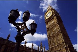 涨学费、取消贫困助学金 英国大学太缺钱?