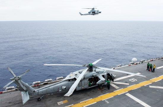 美军又一艘万吨巨舰进入南海